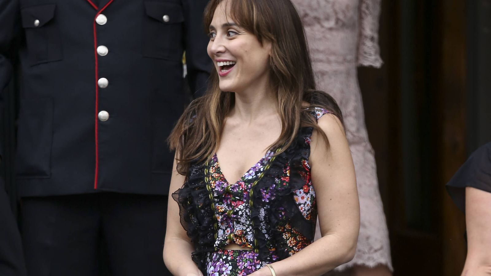 Foto: Tamara Falcó en la boda de Sassa de Osma con vestido diseñado por ella misma.