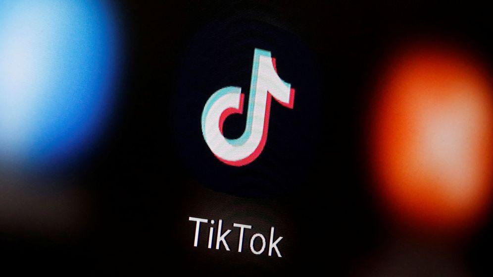 Foto: El logotipo de TikTok en un teléfono móvil. (Reuters)