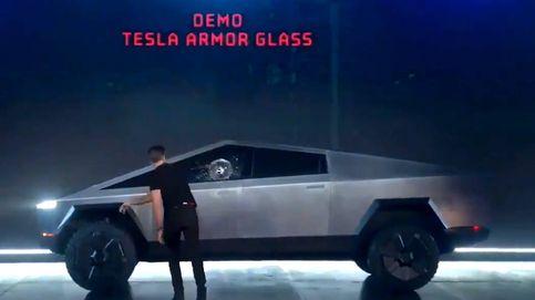 Tesla presenta el coche indestructible… y se rompe en la primera demostración