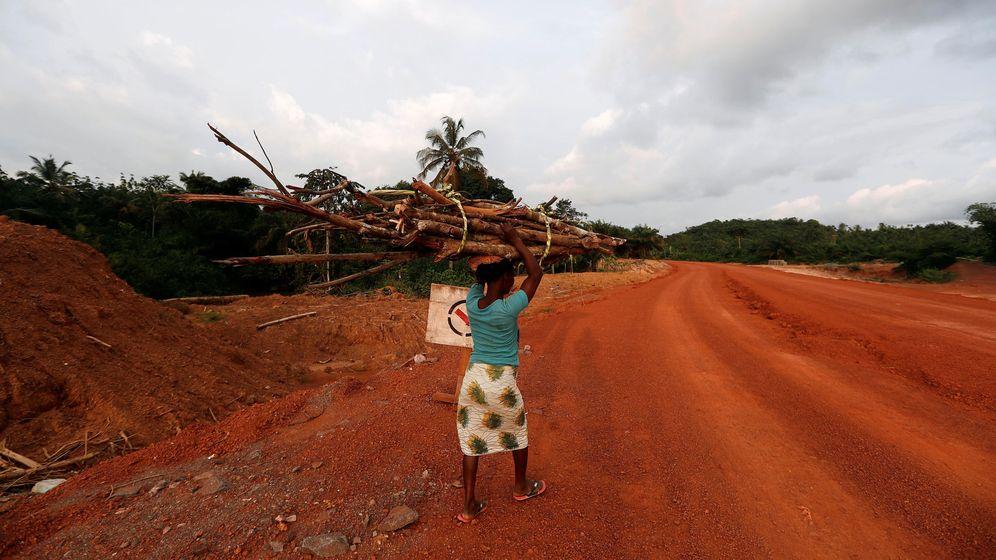 Foto: El colegio de las niñas apoya a una ONG ghanesa que cuida de niños desfavorecidos (Reuters/Zohra Bensemra)
