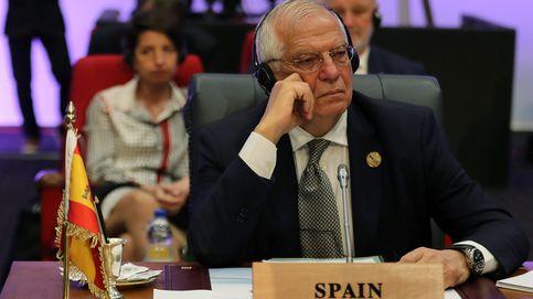 Borrell se descarta como uno por BCN para el 28-A y medita aún liderar la lista europea