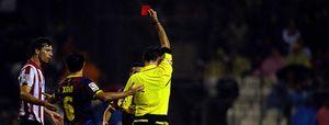 """El jefe de los árbitros españoles: """"Los equipos se entrenan para engañar"""""""