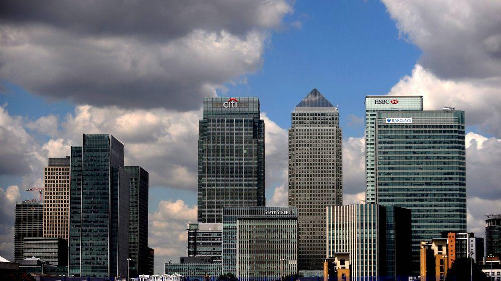 Foto: Fotografía de archivo tomada el 2 de marzo de 2009 que muestra el distrito de Canary Wharf en Londres (Reino Unido). (EFE)