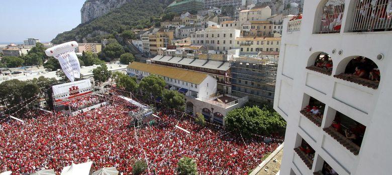 Foto: Vista de la celebración del Día Nacional de la colonia en Gibraltar (EFE)