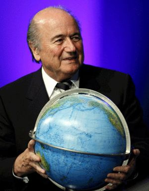 Blatter es reelegido, sin oposición, a sus 71 años