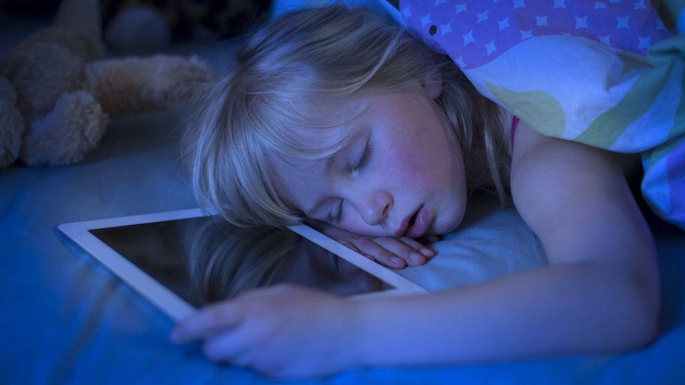 ¿Quieres dormir bien? No utilices 'tablets' antes de acostarte