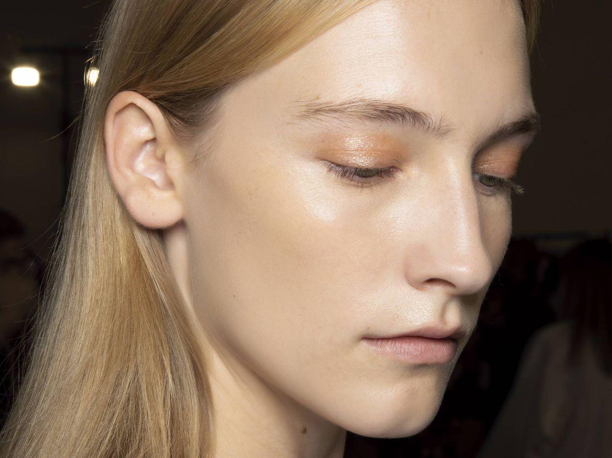 Foto: La caléndula refuerza la hidratación de la piel además de clamar y descongestionar. (Imaxtree)