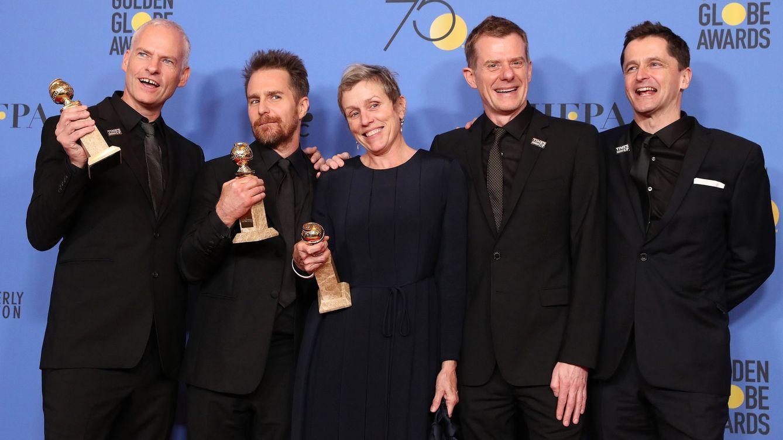 Foto: Los Globos de Oro, en imágenes: de los vestidos negros al triunfo de Guillermo del Toro