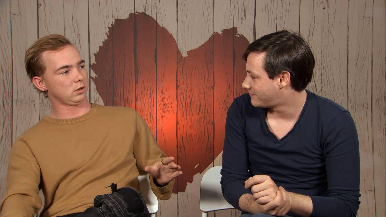 Jay y Daniel, en la decisión final de 'First Dates'. (Mediaset)
