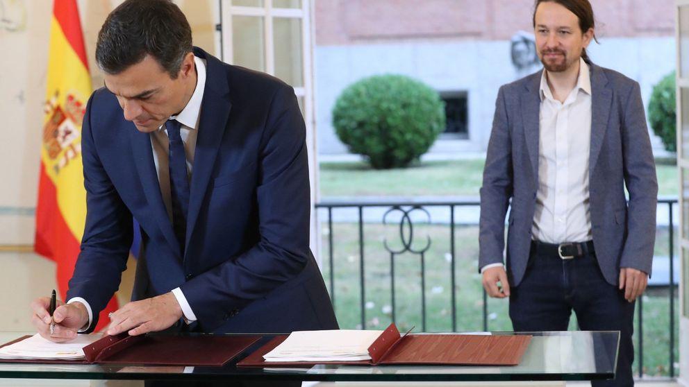 La firma del acuerdo entre Sánchez e Iglesias para los Presupuestos, en imágenes