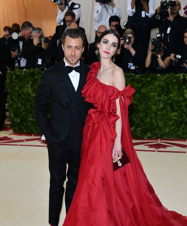 Foto: Francesco Carrozzini y Bee Shaffer, en la gala del MET, en Nueva York. (Getty)