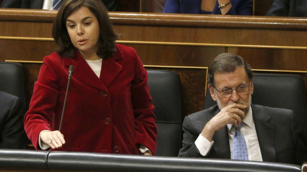 Foto: Mariano Rajoy y Soraya Sáenz de Santamaría, en la constitución de la Cámara. (EFE)