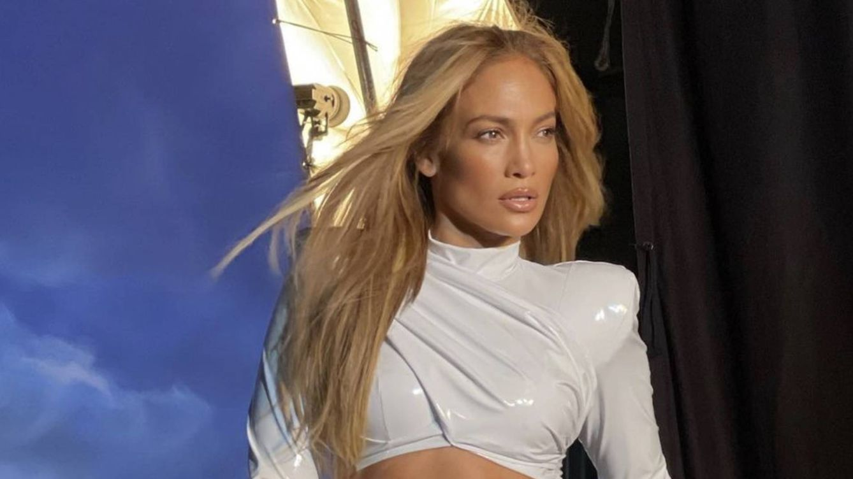 Jennifer Lopez solo se viste de blanco desde que se ha separado