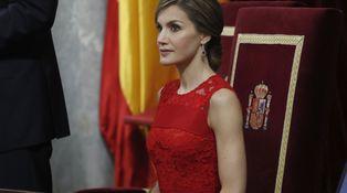 Todos los detalles del look de doña Letizia en el Congreso