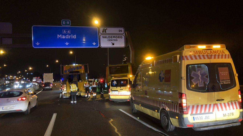 Siete heridos en un choque entre un autobús y dos coches en la A-4 en Valdemoro (Madrid)