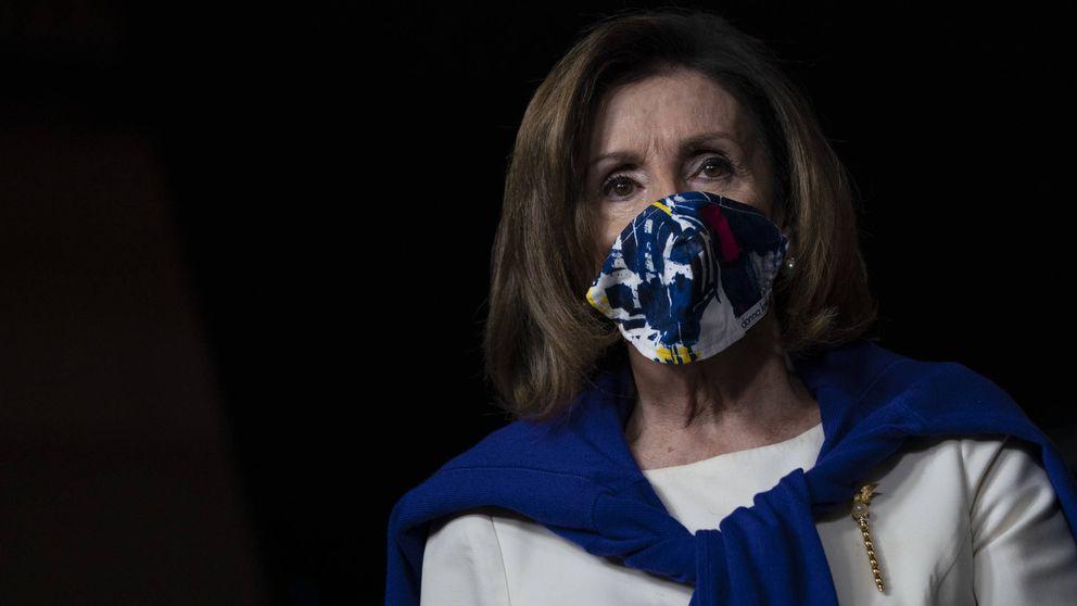 Tenemos que hablar de la colección de mascarillas de Nancy Pelosi