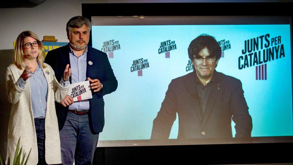 Foto: Intervención en rueda de prensa a través de videoconferencia del expresidente catalán (Efe)