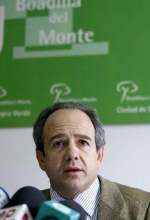 Génova expulsará del partido al alcalde de Boadilla en las próximas horas