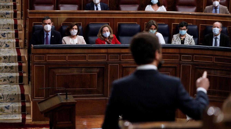 La política de tierra quemada entre Sánchez y Casado amenaza con judicializar la legislatura