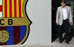 Señalado por el dedo de Messi y cuestionado por el 'guardiolismo'