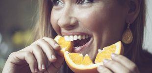 Post de Cuatro maneras de blanquear tus dientes que los dentistas recomiendan