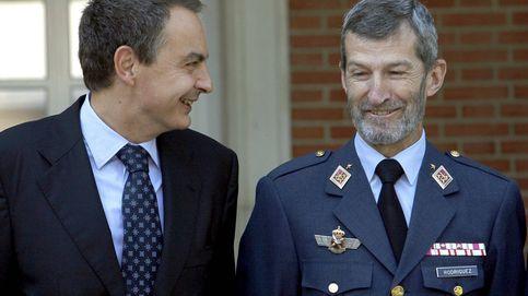 Podemos ficha al ex jefe del Estado Mayor de la Defensa con Zapatero