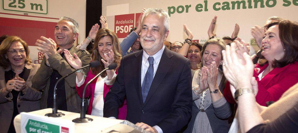 Foto: José Antonio Griñán, tras conocer los resultados de las elecciones de 2012 (Efe)
