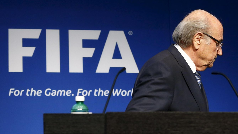 Foto: Sepp Blatter tras su dimisión. (Reuters)
