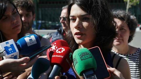 Elecciones municipales 2019: Isa Serra acude a votar esperanzada y celebra que por un día somos todos iguales