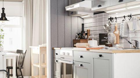 Cocinas pequeñas pero ordenadas gracias a las prácticas soluciones de Ikea