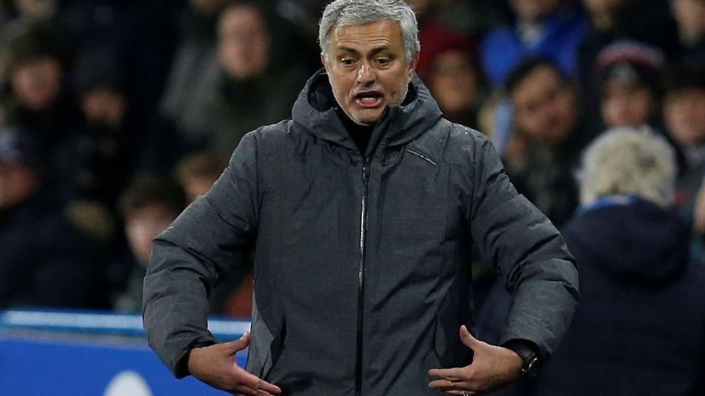 Por qué el Manchester United de Mourinho huele a chamusquina
