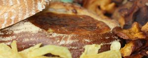 Éxito asegurado: hogaza de pan rellena de 4 quesos
