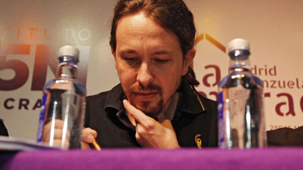 Foto: El secretario general de Podemos, Pablo Iglesias, durante la presentación del libro Horizontes neoliberales en la subjetividad, de Jorge Alemán. (EFE)