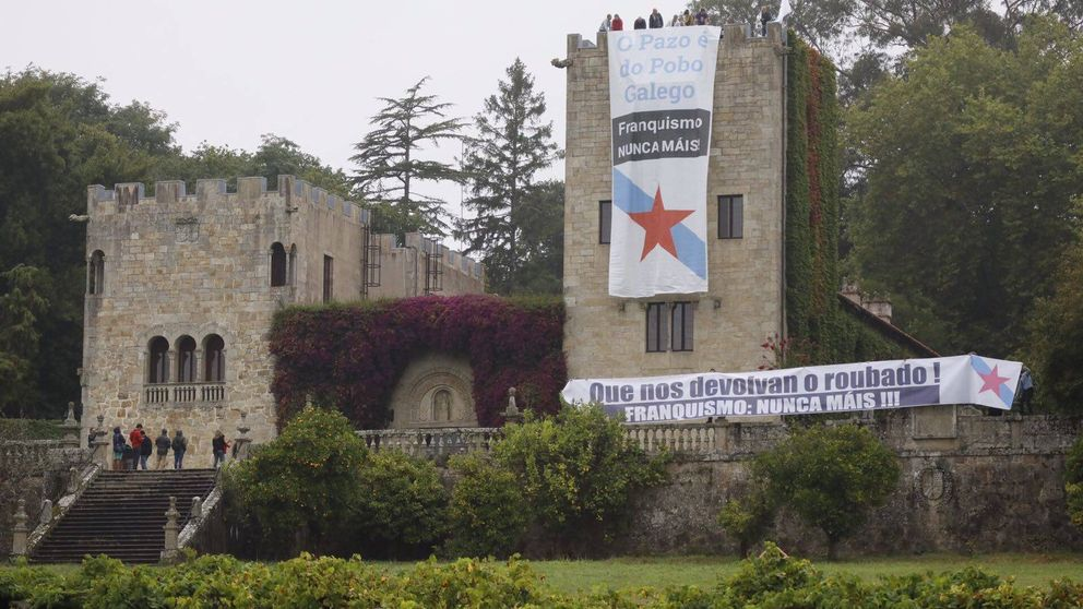 Franquismo nunca máis: miembros del BNG 'okupan' el Pazo de Meirás