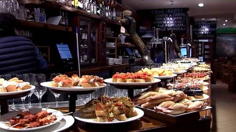 San Sebastián obliga a los bares a cubrir los pintxos de las barras