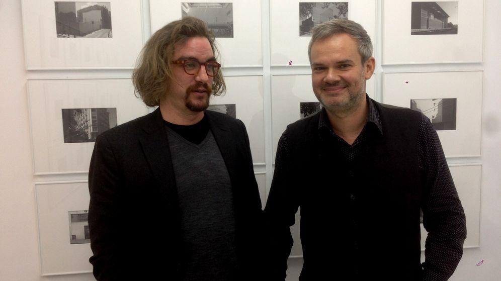 Foto: Jorge Lago (izq.), presidente del patronato de la fundación, junto a Germán Cano, miembro de la ejecutiva de Podemos. (EC)