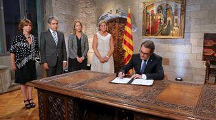 El derecho a decidir no existe en la nación española