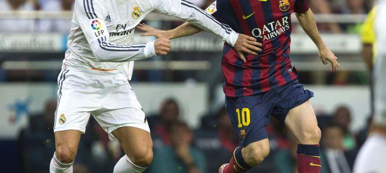 Foto: Messi y Cristiano Ronaldo, durante el último Clásico disputado en el Camp Nou