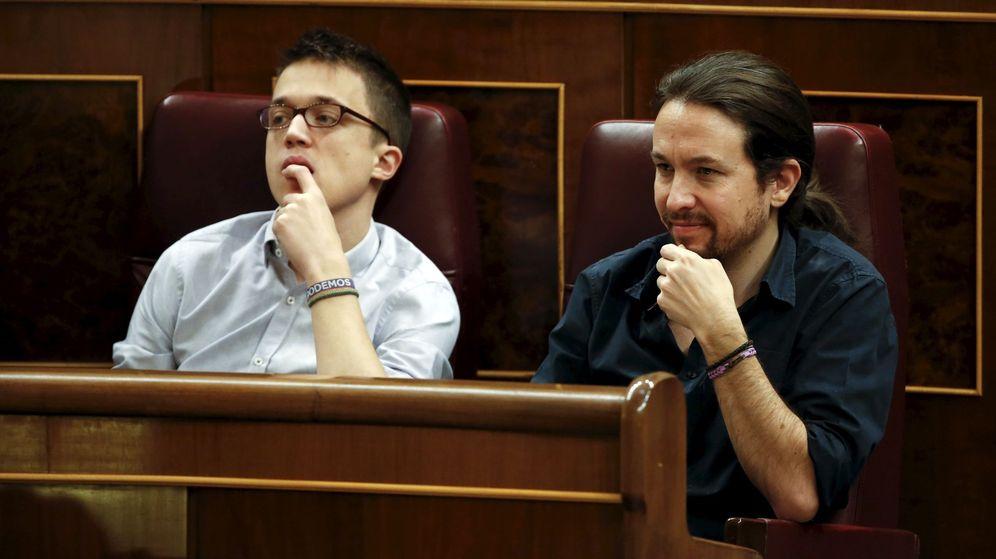 Foto: Íñigo Errejón y Pablo Iglesias en el Congreso de los Diputados (Reuters)