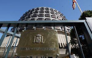 Cinco magistrados del TC tienen vinculaciones con PP y PSOE