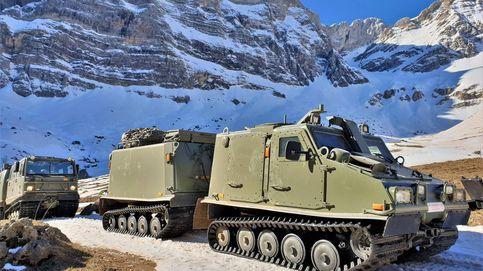 Helicópteros y blindados en el 'infierno blanco': así se preparan las tropas de élite