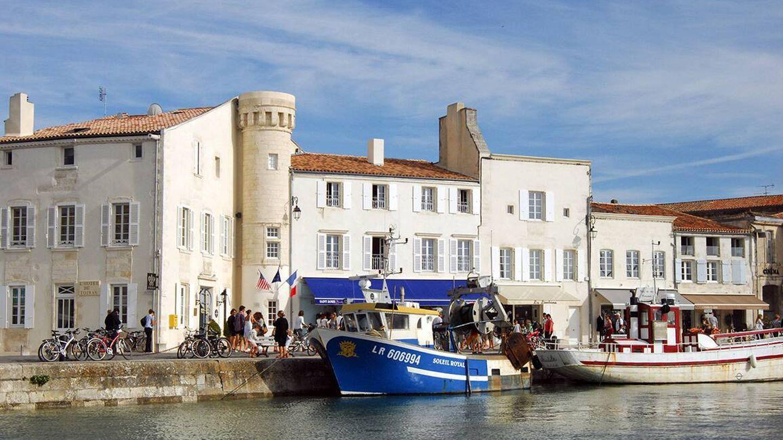 El mar, la arquitectura, los barcos, así es Ré. (Cortesía L'Hôtel Toiras & Villa Clarisse)