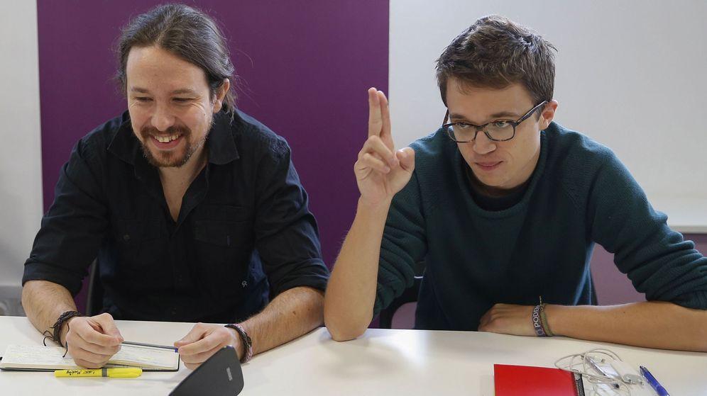 Foto: El secretario general de Podemos, Pablo Iglesias, y el número dos, Íñigo Errejón. (Efe)