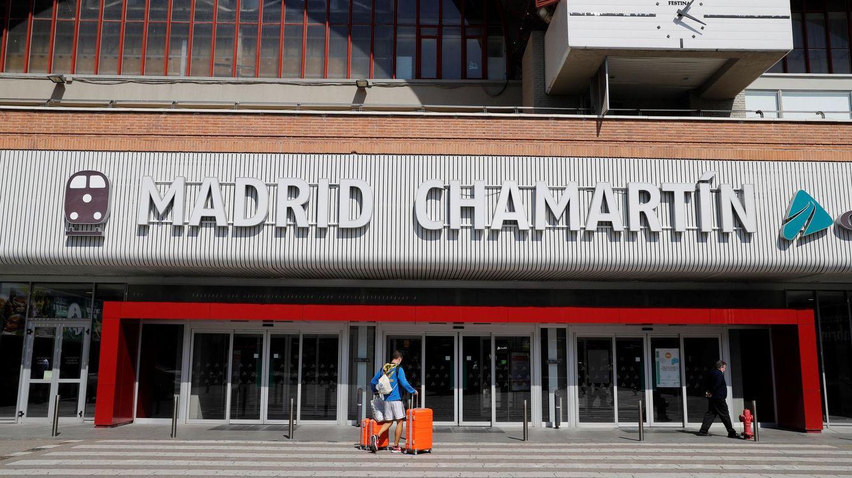 La estación de Chamartín en Madrid cambia de nombre y añadirá el de Clara Campoamor