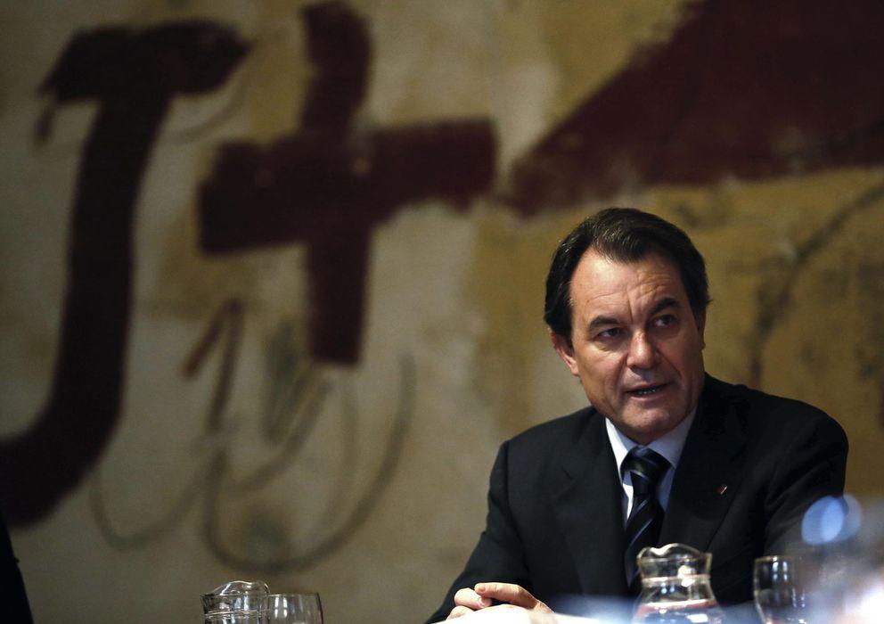 Foto: Mas en la última reunión semanal del Gobierno catalán. Efe