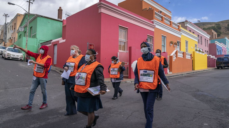 Sudáfrica acaba de decretar 21 días de aislamiento para luchar contra el brote de Covid-19 que ha entrado en ciudades como Ciudad del Cabo. (EFE)