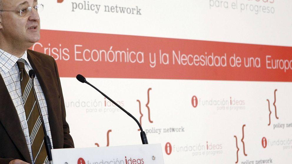 Rubalcaba apuntilla a Zapatero y Caldera al liquidar la Fundación Ideas