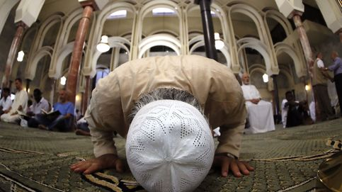 El Islam se afianza entre los españoles: la población musulmana, en seis gráficos