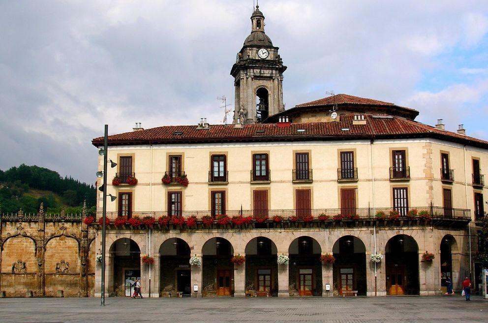 Foto: Plaza del pueblo de Oñate. (CC/Zarateman)