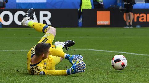 Once fijos y siete comparsas: así fue la Eurocopa de los españoles que jugaron